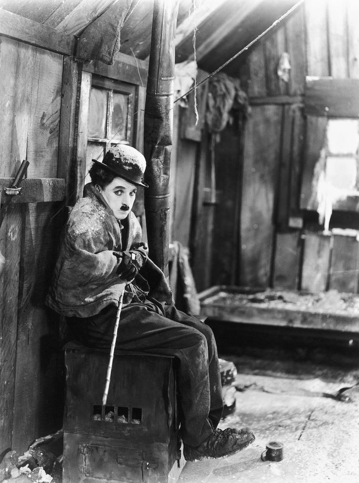 Charlie Chaplin in The Gold Rush (1925)   Legends of Golden Hollywood ...