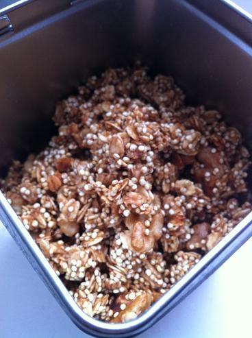 Crunchy Quinoa Granola | Quinoa Favs | Pinterest