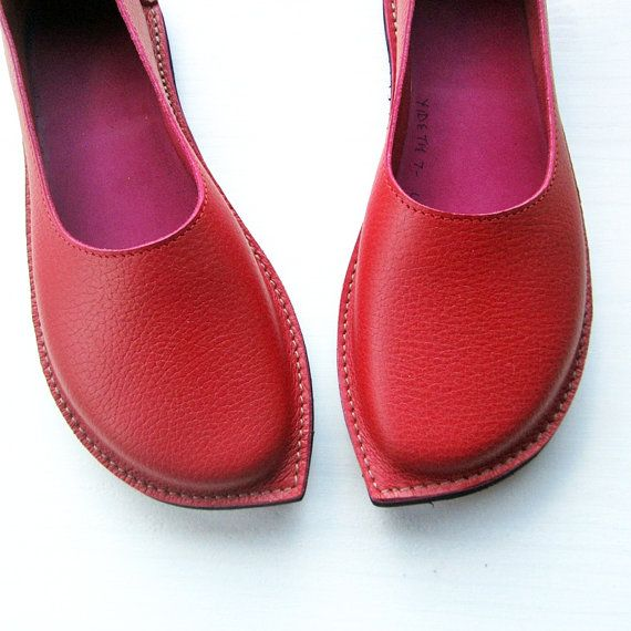 Size UK 6 YIDETH Handmade Womens shoes Grained Red by Fairysteps