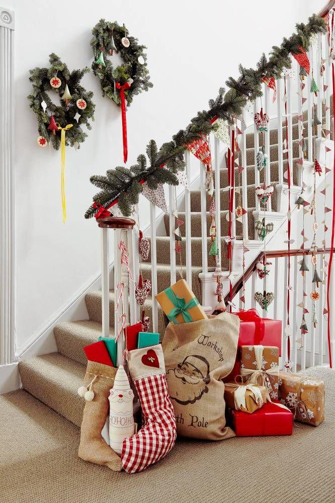 Christmas hallway christmas decor pinterest How to decorate your hallway for christmas