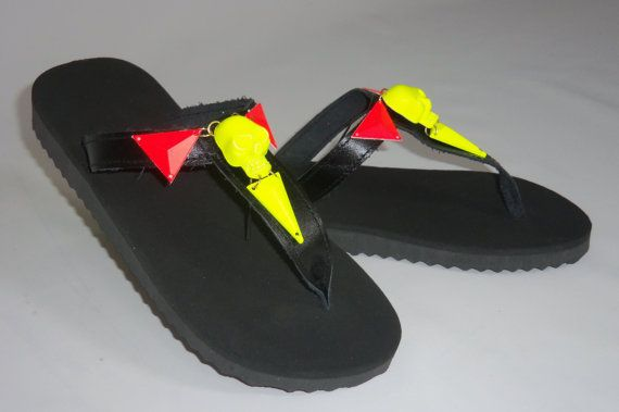 flip flops, Bikini , Women , Beach , shoes , READY TO SHIP https://www