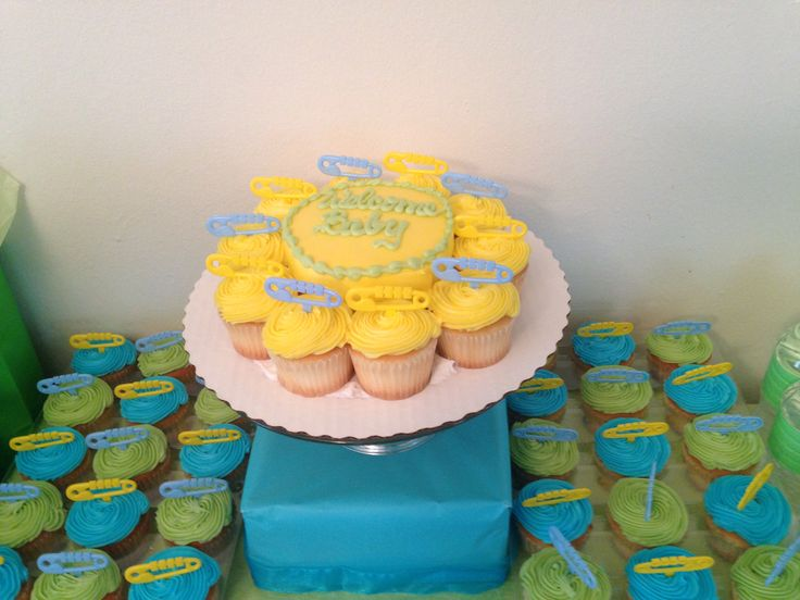 baby shower cupcakes sam 39 s club blue yellow green