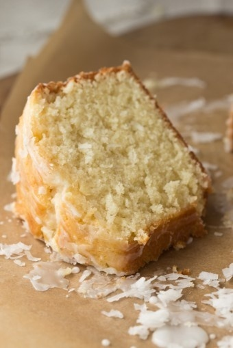 Coconut Cream Pound Cake I wanna make this inside fuzzy and warm over ...