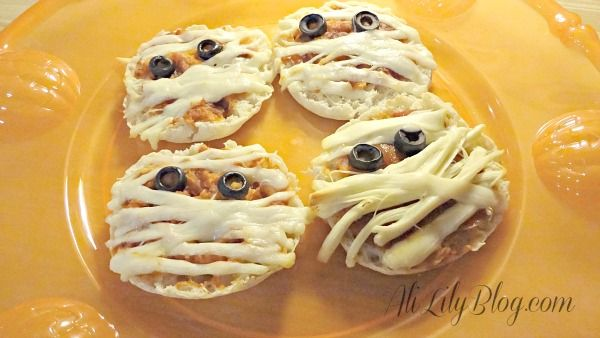 English muffin pizza mummies | Parties and Holidays | Pinterest