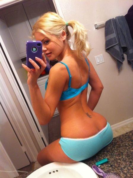 Blonde teen iphone selfie fingering 8
