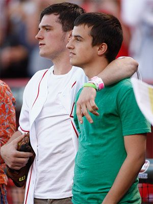 Josh Hutcherson's younger brother?