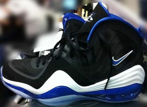 Penny Hardaway officially jumping back in the shoe game.....I'll definitely cop if he brings back Lil Penny!