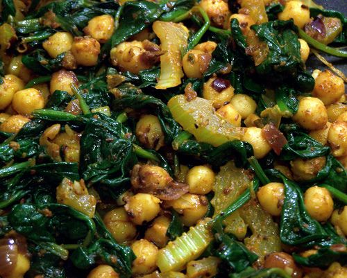 Spiced Chickpeas with Spinach | Someone make this for me | Pinterest