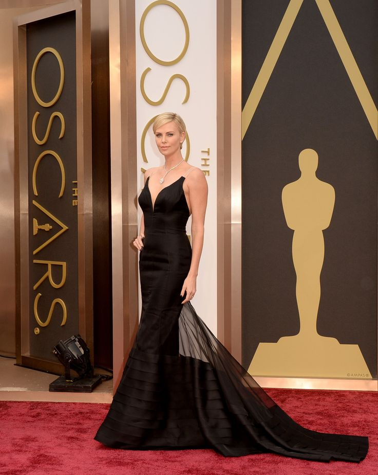 2014 Oscars Red Carpet - Charlize Theron