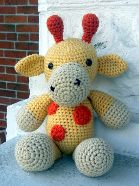 Cuddly Amigurumi Giraffe : Cuddly Giraffe Amigurumi Crochet Pattern - Instant Download