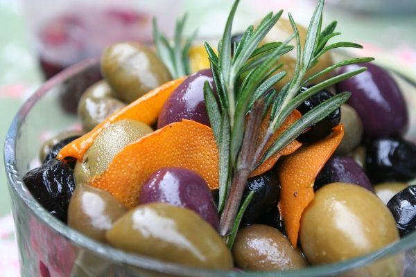 Citrus Marinated Olives   Food I'd Like 2 Eat   Pinterest