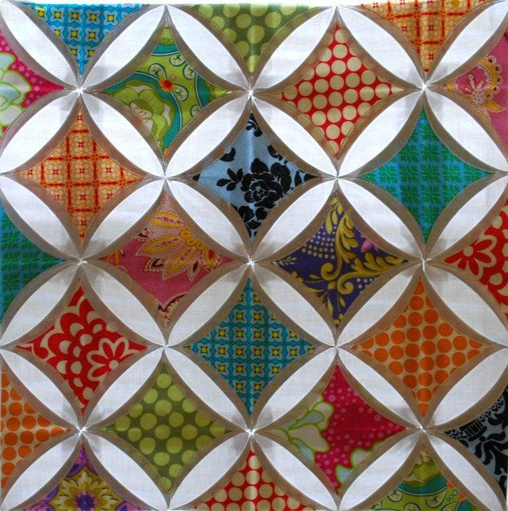 Pin by jennifer fullerton on quilt cathedral windows for Window quilts