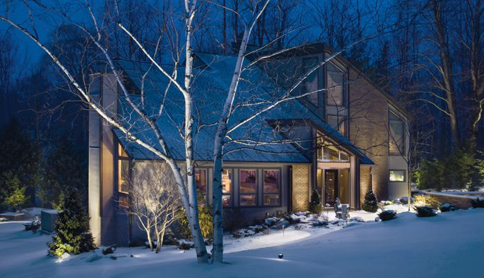 low voltage landscape lighting in winter