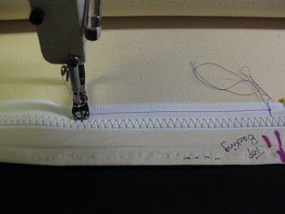 The Quilt Rambler: Attaching Zippers to Longarm Leaders