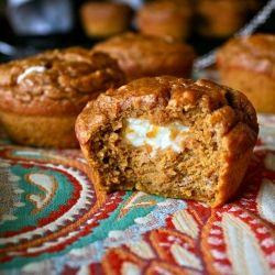Pumpkin muffin with cream cheese