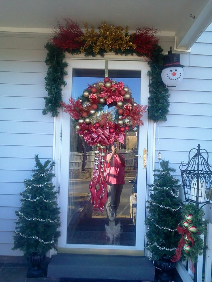 Front porch christmas 2013 christmas decor pinterest for Pinterest christmas decorations for the home