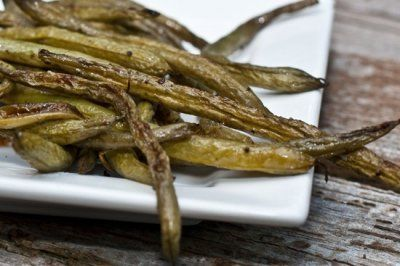 Roasted Balsamic Green Beans by Angela Liddon Prep Time: 5 mins Cook ...