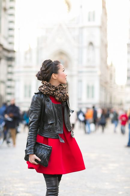 Red in Florence :: Structured dress & Leopard scarf - Wendys Lookbook