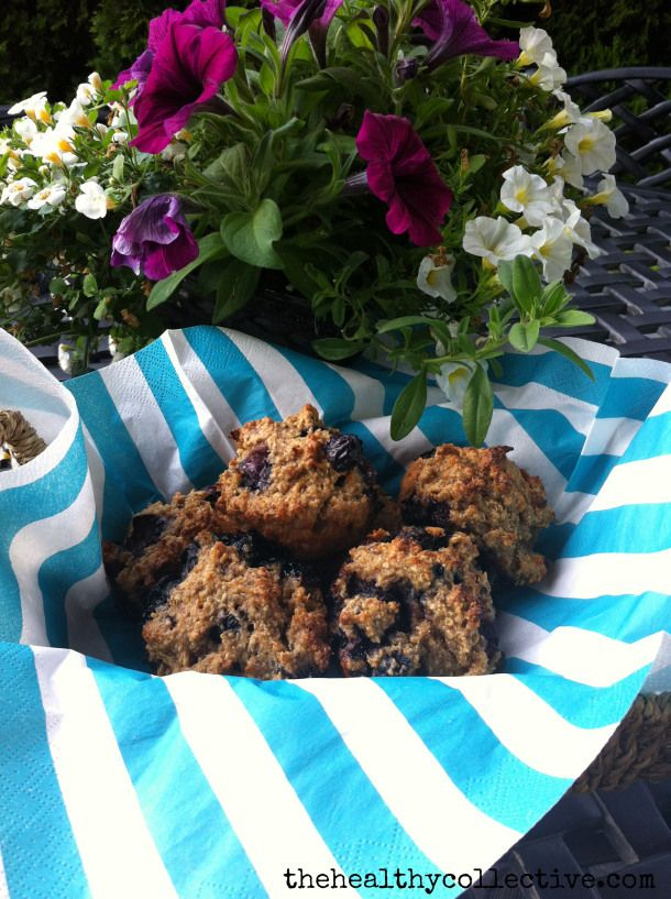 strawberry banana quinoa oatmeal muffins - gluten free