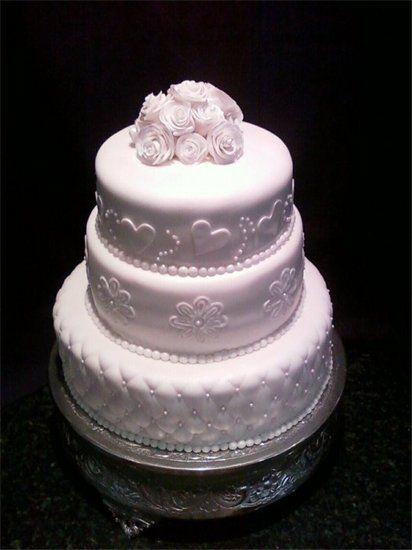 Wedding Cake by Elicia www.birthdaycakes4free.com #weddingcake inspired by http://www.maisiefantaisie.co.uk/