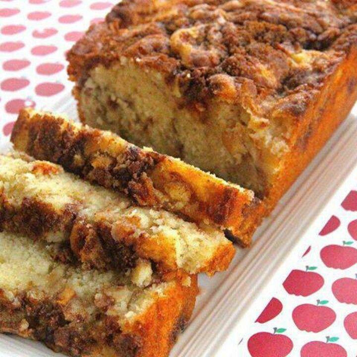 Apple Cinnamon Cake Loaf