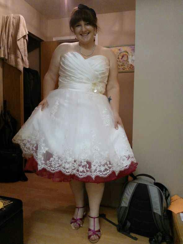 Love the red petticoat petticoats polka dots and for Red tea length wedding dress