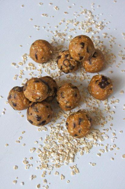 Peanut Butter Granola Balls | Clean eats | Pinterest