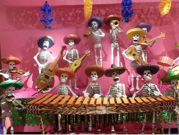 ... bel orchestre! | Calaveras, Catrinas, Dia de los Muertos, Fasci