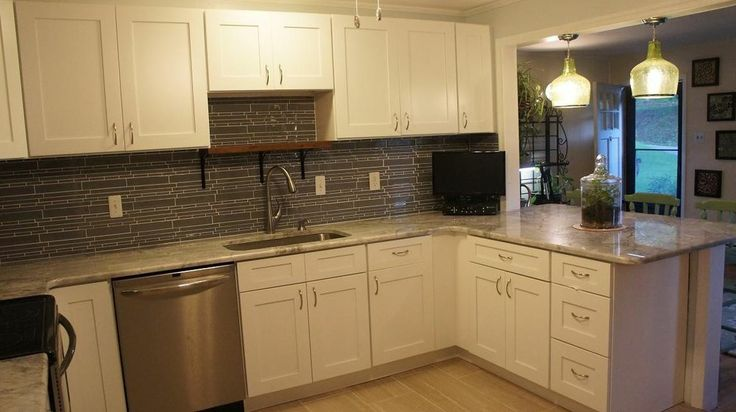 White shaker kitchen cabinets 10x10 set for easy diy for Kitchen cabinets 10x10