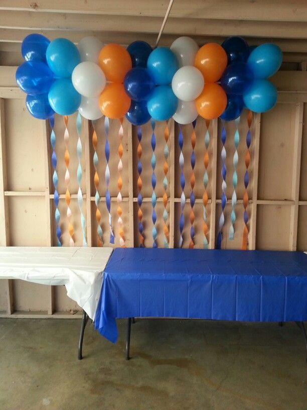 Pin by sandra montiel rivas on balloon creations by sandy for How to make a balloon and streamer backdrop