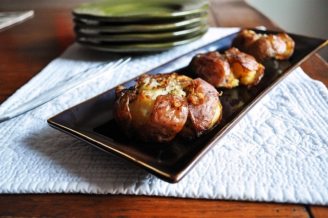 Crispy Smashed Potatoes Small Red Potatoes, rinsed clean - the amount ...