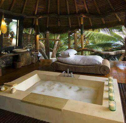 Jungle bath decor pinterest for Jungle bathroom ideas
