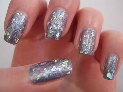 Chunky Glitter Nail Po...