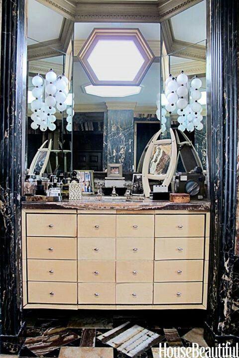 Elegant bath! #House Beautiful | Decorating ideas | Pinterest: pinterest.com/pin/394346511092794285