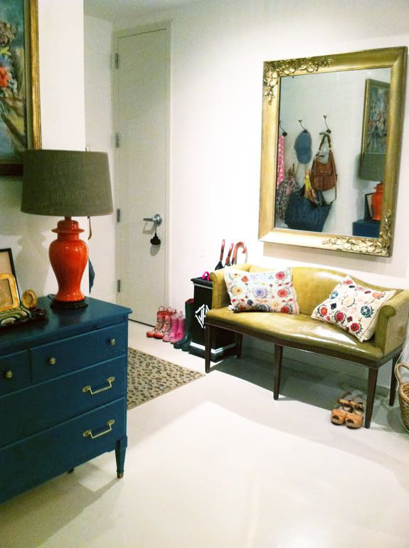 Small Foyer Settee : Settee in entry chitown apt pinterest