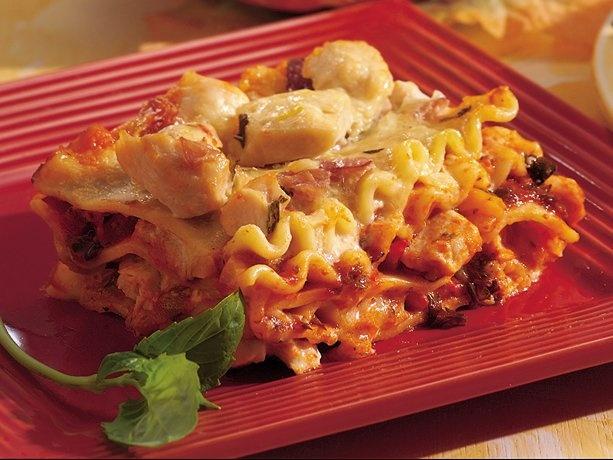 CHICKEN-PROSCIUTTO LASAGNA http://www.bettycrocker.com/recipes/chicken ...