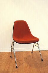 La Fresquera  silla eames DSS chair  Henry Miller