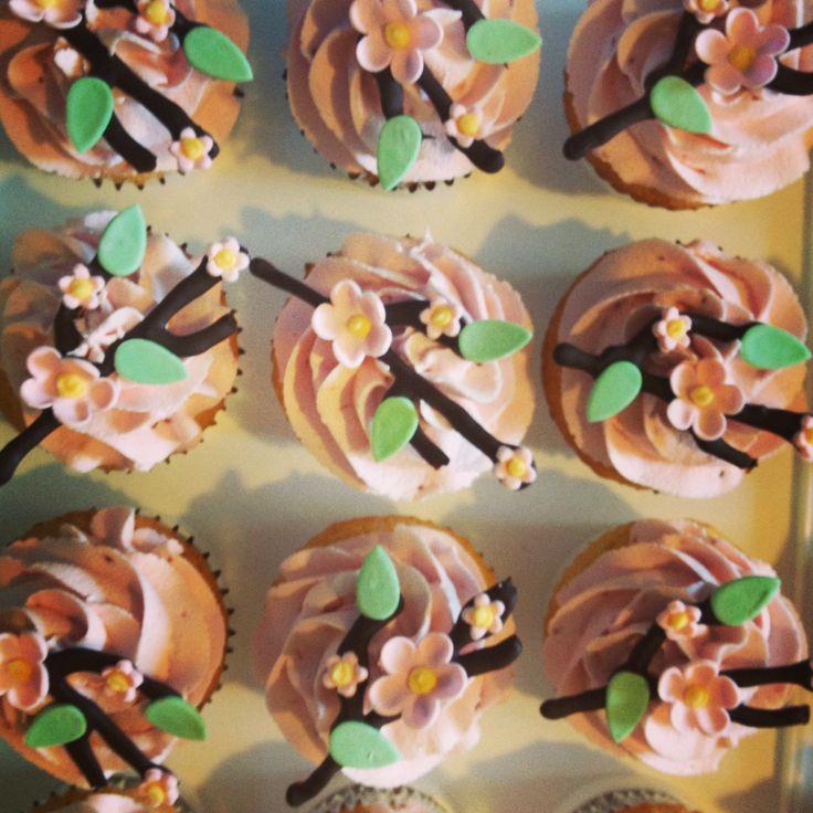 : Lemon Sour Cream Pound Cake Cupcakes with Raspberry Buttercream ...