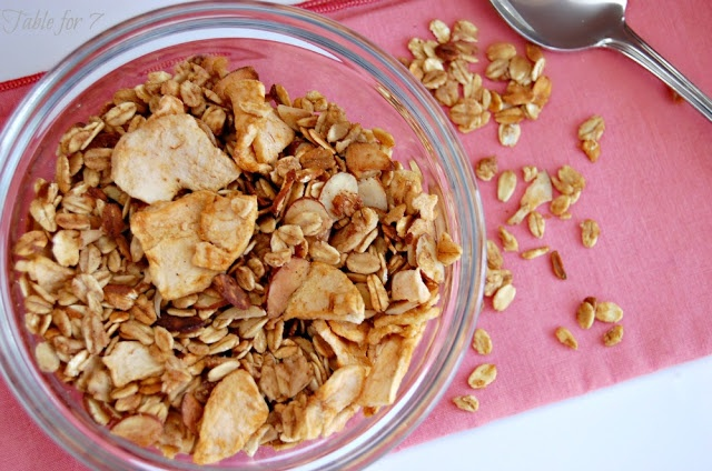 Crock Pot} Apple Cinnamon Granola