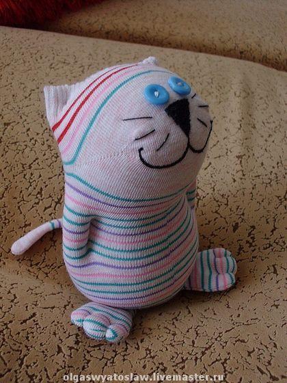 Как сделать кошку из носка видео - Pumps.ru