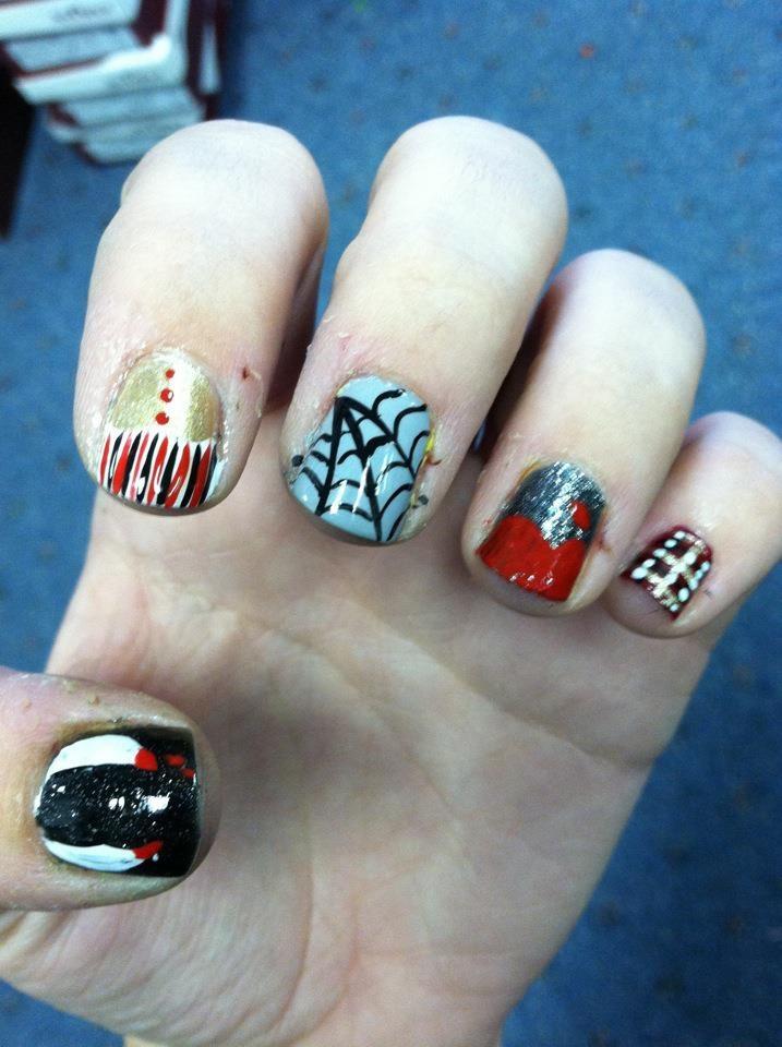 vampire nail art. | nail art | Pinterest
