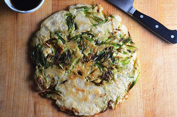 Pa Jun or Korean Scallion Pancakes | Yummo | Pinterest