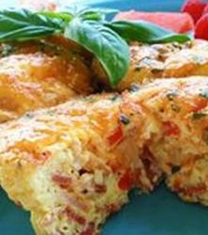 Scrambled Egg Muffins. Only 140 calories per muffin. Have in the ...