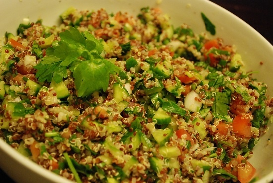 Tabbouleh Recipe with Quinoa - 4 Points + - LaaLoosh fameame
