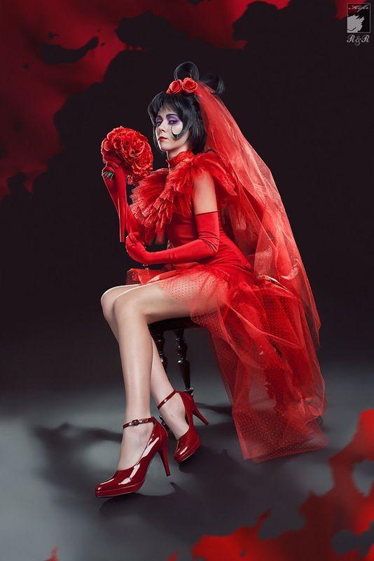 Lydia cosplay beetlejuice pinterest for Lydia deetz wedding dress