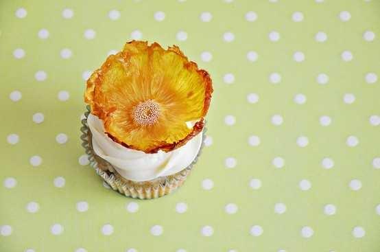 Dried pineapple flowers | Food! | Pinterest