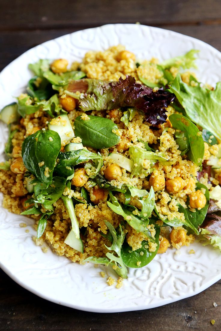 Quinoa Salad with Leafy Greens, Cucumber and Curried Chickpeas | Yummy ...