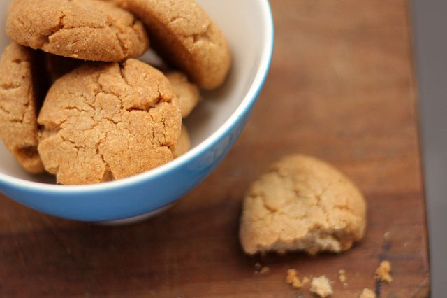 Tahini and Almond Cookies Makes 35-40 cookies Recipe by Natalie Levin ...