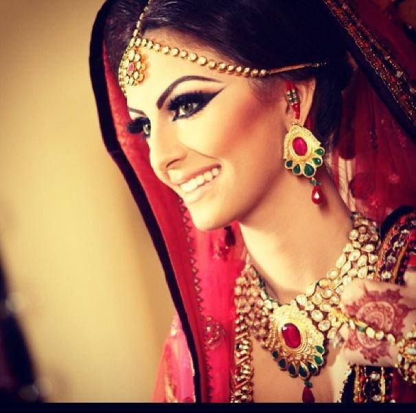 Dramatic Wedding Eye Makeup : FARYAL MAKHDOOM Pakistani Wedding Pinterest