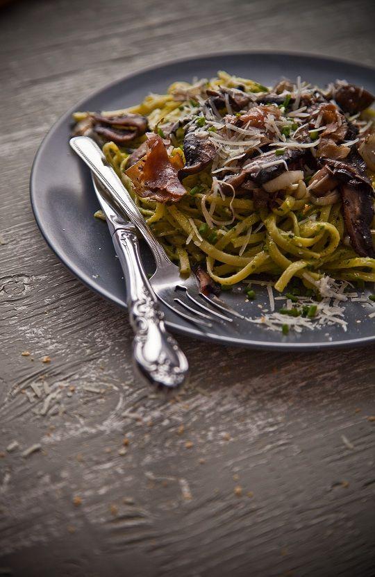 Linguine with Portobello Mushroom Prosciutto Leek and Creamy Spinach ...